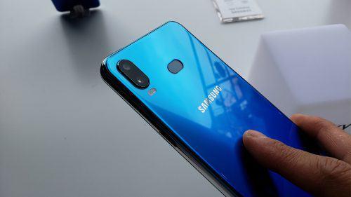 SAMSUNG GALAXY A20 2019 A205F 32GB سامسونگ گالکسی آ۲۰ ۳۲گیگ