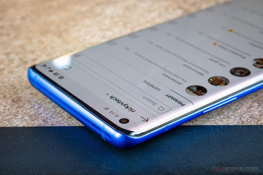 OnePlus 8 PRO 256Gb Ram12 5G وان پلاس ۸ پرو ۲۵۶گیگابایت رام ۱۲گیگابایت ۵جی