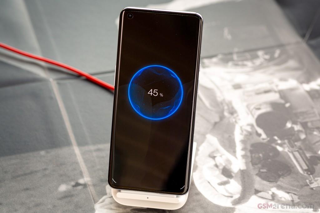OnePlus 9 PRO 256Gb Ram12 5G وان پلاس ۹ پرو ۲۵۶گیگابایت رام ۱۲گیگابایت ۵جی